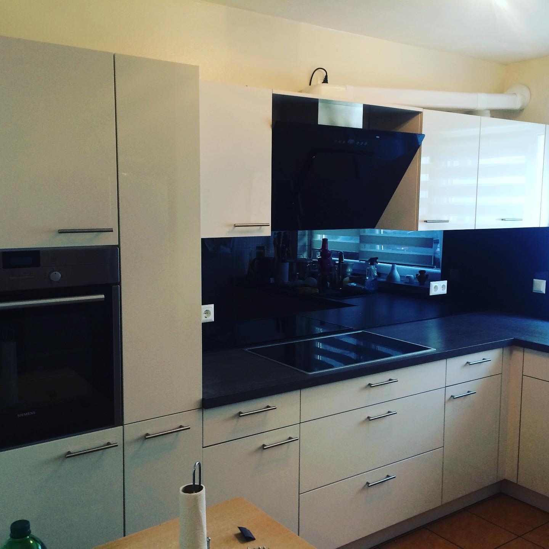 Spritzschutz Neuverglasung Küche A&K Glasbau